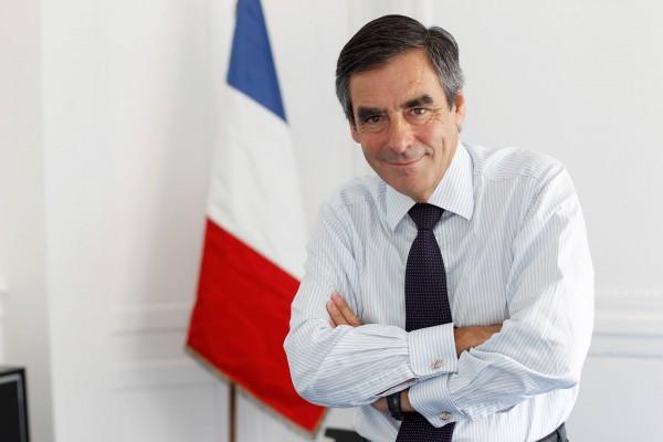 POUR L'HONNEUR D'UN HOMME ET L'AVENIR D'UN PAYS